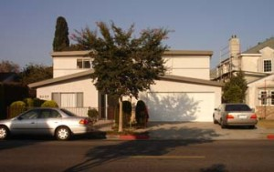 2137 20TH STREET<br>SANTA MONICA, CA 90405