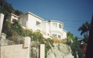 8573 HOLLYWOOD BLVD. <br>HOLLYWOOD HILLS, CA 90069